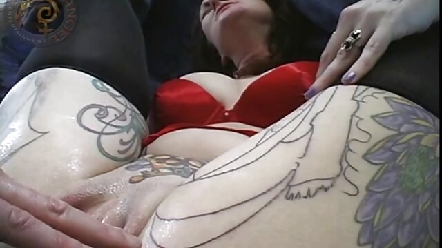 ユーロ女の子Nikki取得彼女の男根ハード 女性 エッチ ビデオ